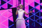 Eurovision 2016 – Τσεχία: Η μοναχική εμφάνιση, η ρομαντική μπαλάντα και η έκρηξη λουλουδιών