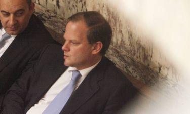 Σφαίρες και απειλές στο γραφείο του βουλευτή Κώστα Καραμανλή