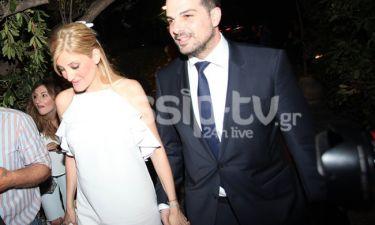 Σακελλαρίδης: Δείτε τον να χορεύει ζεϊμπέκικο στη δεξίωση του γάμου του