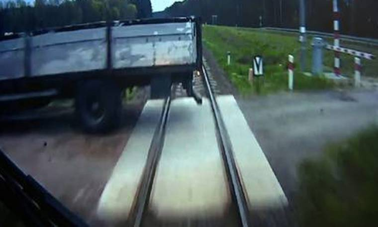 Δείτε τι έκανε μηχανοδηγός τρένου τρία δευτερόλεπτα πριν το ατύχημα για να σώσει τους επιβάτες
