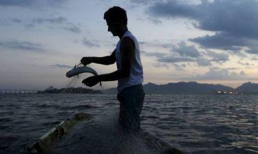 Επέζησαν χαμένοι στην θάλασσα για 10 ημέρες τρώγοντας ωμά ψάρια