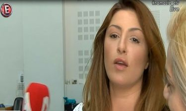 Ξέσπασε η Παπαρίζου:«Έχω φάει κράξιμο στο facebook.Έσβησα σχόλια που βρίζανε τη μαμά μου»