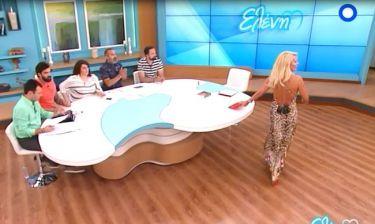 Ελένη Μενεγάκη: Η εντυπωσιακή πίσω όψη που «κόλασε»!