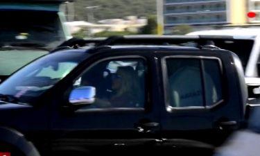 Ελένη Μενεγάκη: Ταξίδεψε με την πεθερά της στην Άνδρο (εικόνες)