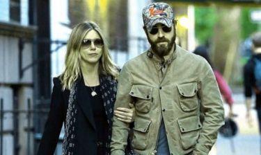 Στυλάτοι και cool: Η νέα εμφάνιση του ζεύγους Aniston -Theroux που πρέπει να δεις!
