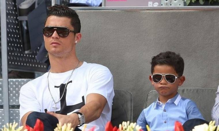 Cristiano Ronaldo: «Εγώ είμαι η μάνα και ο πατέρας του παιδιού μου»