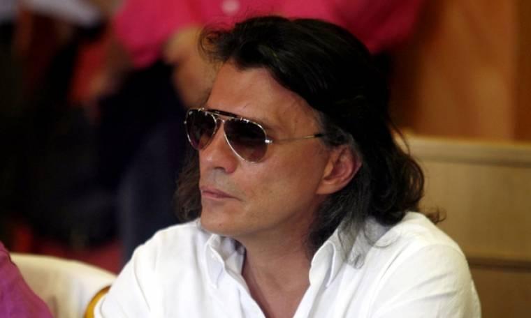 Ηλίας Ψινάκης: Κατέρρευσε στο Ντουμπάι - Τι  συμβαίνει με την υγεία του;