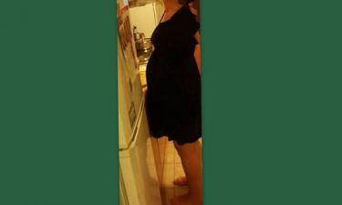 Ελληνίδα ηθοποιός ποζάρει λίγο πριν τη γέννα: «Πειράζει που μου αρέσει η κοιλιά μου;»