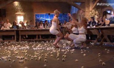 Άναψε «φωτιές» η Κωστάκη στην εκπομπή του Παπαδόπουλου με τον σέξι χορό της