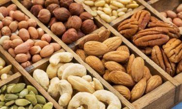 Καρκίνος παχέος εντέρου: Ο ξηρός καρπός που μειώνει τον κίνδυνο