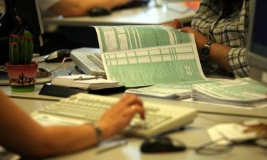 Καμία παράταση (μέχρι στιγμής) στις φορολογικές δηλώσεις