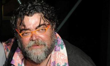 """Σταμάτης Κραουνάκης: """"Η δουλειά του καλλιτέχνη είναι να είναι απέναντι από την εξουσία"""""""
