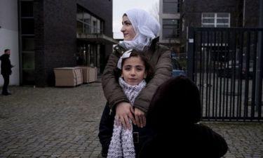 Ασυνόδευτα παιδιά-πρόσφυγες: «Εάν προσπαθήσεις να τρέξεις, σε πυροβολούν»