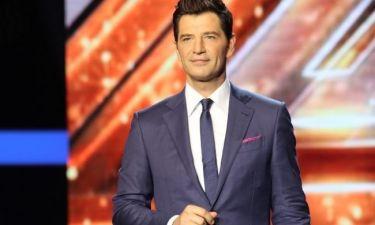 Βρήκαμε τι φόρεσε ο Σάκης Ρουβάς στο Live του X-Factor