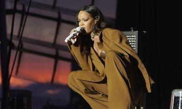 Κατέρρευσε η Rihanna on stage- Τι συνέβη;