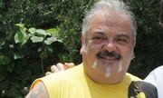 Στηβ Ντούζος: Θα πάθετε πλάκα με την ομοιότητα της κόρης του και της αδελφή του