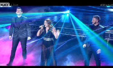 The X Factor: Ημιτελικός: H Έλενα Παπαρίζου στη σκηνή με τους Stereo Soul – «Έσκισε» το ντουέτο τους
