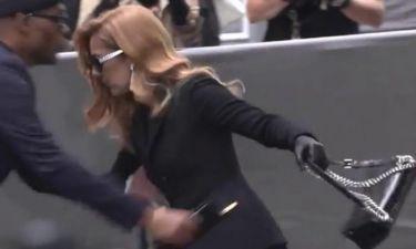 Παραλίγο να τουμπάρει η Celine Dion – Το «σώσε» τελευταία στιγμή