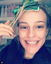 Ιλένια Ουίλιαμς: Νέο look - Έβαψε τα μαλλιά της