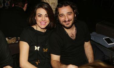 Βασίλης Χαραλαμπόπουλος:  «Ζηλεύω τη γυναίκα μου, αλλά δεν της το δείχνω»