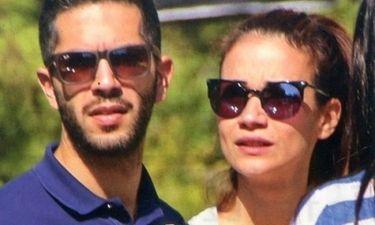 Άννα Μπουσδούκου: Στην Τήνο με τον σύντροφό της (φωτο)