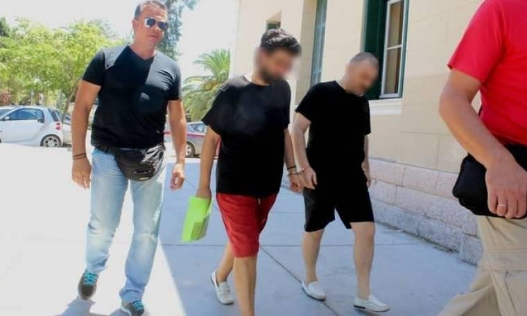 ΣΟΚ στο Άργος: Ελεύθερος ο πατέρας που βίαζε τον 12χρονο γιο του μαζί με φίλο του!
