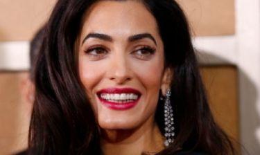 Βάζουμε στοίχημα πως η Amal Clooney δεν έχει κάνει ποτέ πιο σέξι εμφάνιση από αυτήν!