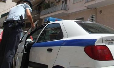 Άγριο έγκλημα στο Ξυλόκαστρο: 29χρονος μαχαίρωσε και σκότωσε την μάνα του