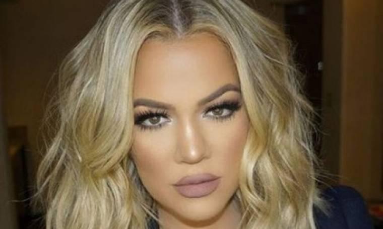 Έκανε πλαστική στο στήθος; To προκλητικό look της Khloe Kardashian που σχολιάστηκε έντονα