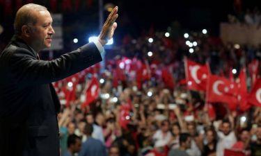 Ερντογάν στο CNNi: Ο τουρκικός λαός θέλει τον θάνατο των τρομοκρατών (vid)