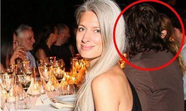 Η φωτογραφία που «καίει» πασίγνωστη ηθοποιό. Η απιστία και ο χωρισμός από τον σύζυγό της