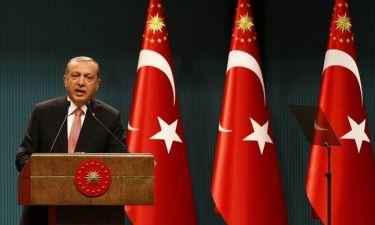 Ερντογάν: Με sms καλεί τους υποστηρικτές του σε «ηρωική αντίσταση κατά του Γκιουλέν»