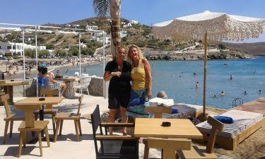 Μαρία Νικόλτσιου: Διακοπές στη Σύρο (φωτο)
