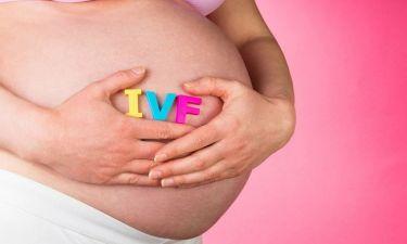 Εξωσωματική γονιμοποίηση: Τι ρόλο παίζει η ηλικία;