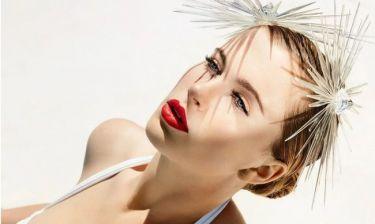 Η 20χρονη κόρη της Kim Basinger τα δείχνει… όλα
