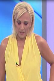 Χριστίνα Λαμπίρη: Ξέσπασε σε λυγμούς και αποχώρησε από την εκπομπή!
