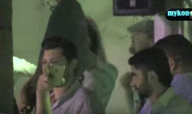 O DiCaprio επισκίασε τον Ρέμο στην συναυλία του τραγουδιστή στην Μύκονο
