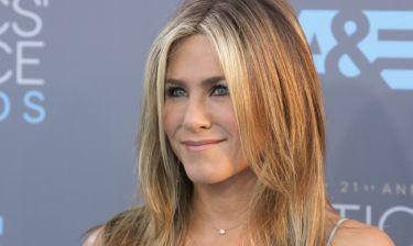 Jennifer Aniston: Δε θα πιστέψετε τι κάνει πριν μπει σε αεροπλάνο