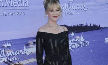 Melanie Griffith: Αναστατώνει με την εμφάνισή της στα 58 της