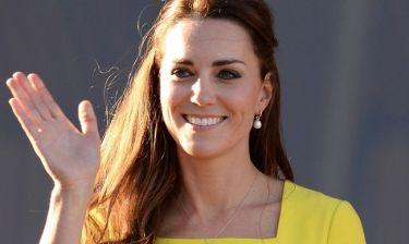 Get the look: Τα σκουλαρίκια που δεν αποχωρίζεται ποτέ η Kate Middleton!