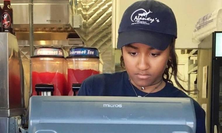Η κόρη του Ομπάμα έπιασε δουλειά σε εστιατόριο και οι σερβιτόροι δεν το ήξεραν!