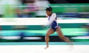 Ολυμπιακοί Αγώνες 2016: Ιδού οι αποδείξεις ότι η «χρυσή» Σιμόν Μπάιλς μπορεί να... πετάξει (pics)