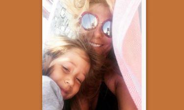 Συγκινεί η Κουτσελίνη: «Η Έμμα μου ήρθε όταν δεν επέτρεψα σε κανέναν να μου πει δεν θα γίνω μάνα»