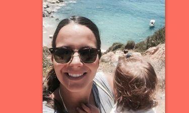 Η Ελιάνα με την κόρη της κάνει κατάβαση στις παραλίες της Χίου