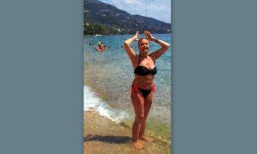 Η Νέλλη Γκίνη ξεκουράζεται στην Κέρκυρα