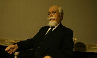 Ο Γιάννης Μόρτζος παρουσιάζει το θεατρικό έργο «Ελευθέριος Βενιζέλος»