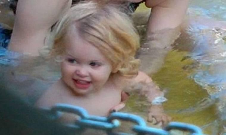 To πιο χαμογελαστό μωράκι του Hollywood: H μικρούλα έχει ξετρελάνει τη διάσημη μαμά της