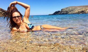 Δεν φαντάζεστε ποιας γνωστής Ελληνίδας παρουσιάστριας αδελφή είναι η... γοργόνα της φωτογραφίας!