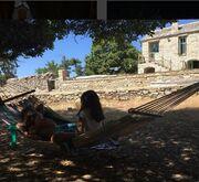Τζένη Μπαλατσινού: Στιγμές χαλάρωσης στην Ικαρία! (φωτό)