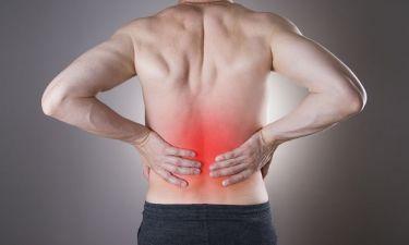 Τα συμπτώματα που δείχνουν ότι έχετε πέτρες στα νεφρά